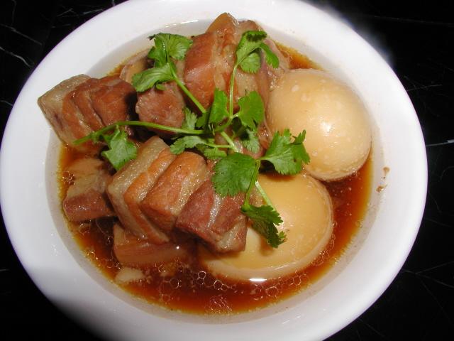 Cách làm thịt kho tàu thơm ngon đúng điệu, món ăn tuyệt vời ngày lạnh