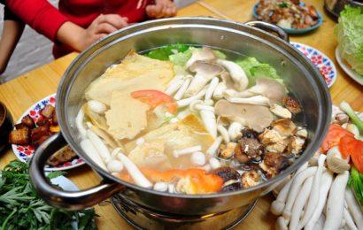 Cách nấu lẩu gà nấm thơm ngon, bổ dưỡng, tuyệt phẩm trời đông