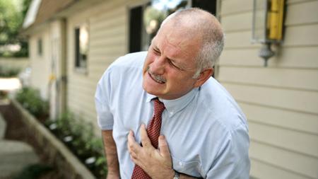 Cấp cứu khẩn cấp người bị tai biến mạch máu não – Cứu người như cứu hỏa