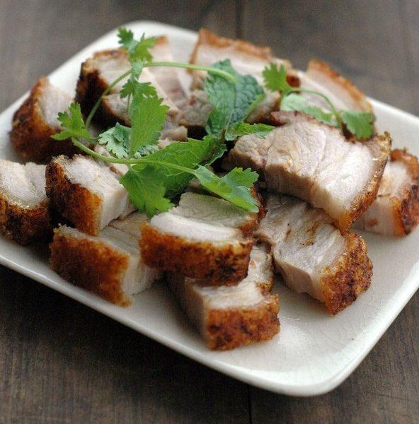 Cách làm thịt heo quay ngon, giòn bì ai ăn cũng ghiền