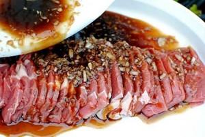 Cách ướp thịt bò nướng thơm ngon, đúng điệu