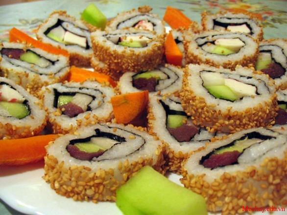 cach lam sushi Nhat Ban thom ngon 7