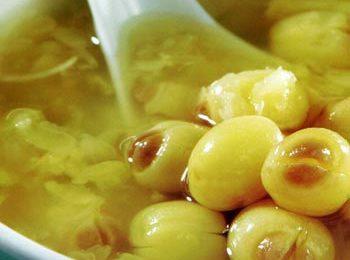 Cách nấu chè đậu xanh hạt sen khô thơm ngây ngất