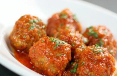 Cách làm thịt viên sốt cà chua ngon lạ lùng