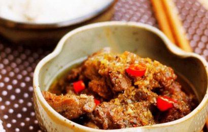 Đổi bữa cho cả gia đình với cách nấu vịt kho sả