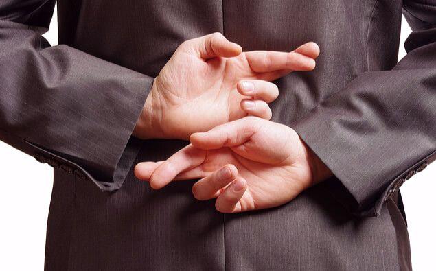 Khi nào bạn cần phải nói dối trong công việc?