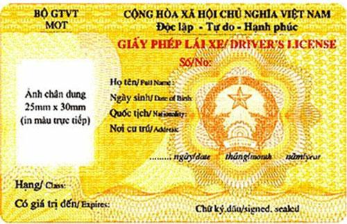 Hướng dẫn cấp đổi giấy phép lái xe mẫu mới từ A đến Z