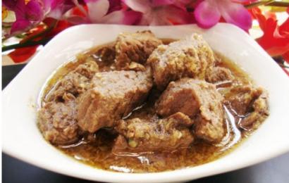 Thịt bò kho sả ớt chín ngấu, hương đậm đà