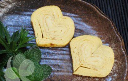 Ngày valentine học cách làm trứng cuộn trái tim ngọt ngào