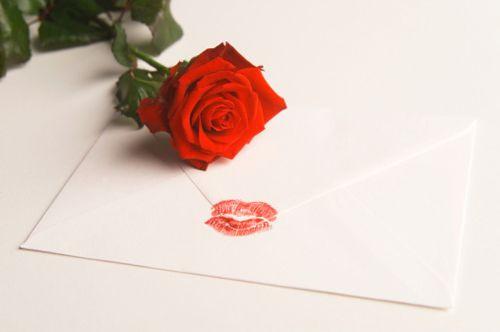 Quà tặng valentine ý nghĩa và thực tế dành cho chồng yêu
