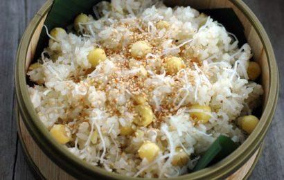 Cách nấu xôi hạt sen dừa mềm dẻo, thơm ngon ngay tại bếp
