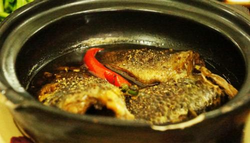 Cách kho cá rô đồng với nghệ