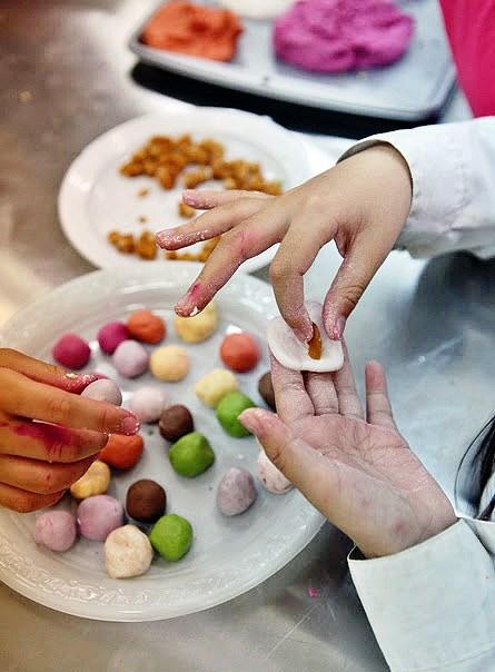 cách làm bánh trôi nhiều màu sắc