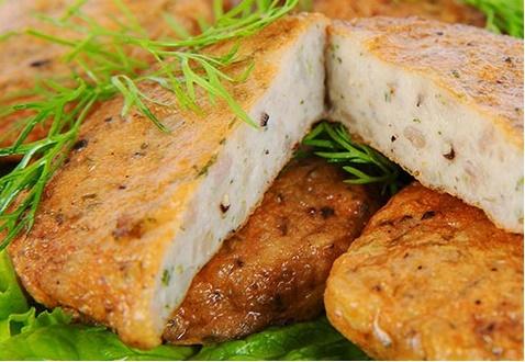 Cách làm chả cá trắm dai ngon không chứa chất bảo quản