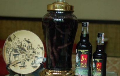 2 cách ngâm rượu ba kích khô chuẩn cho tác dụng cao nhất