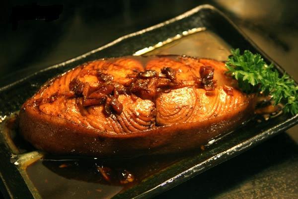 Cách kho cá mè mềm ngon không tanh 3