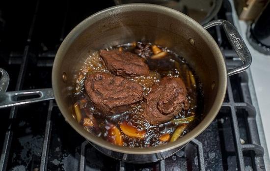 cách làm bắp bò ngâm xì dầu