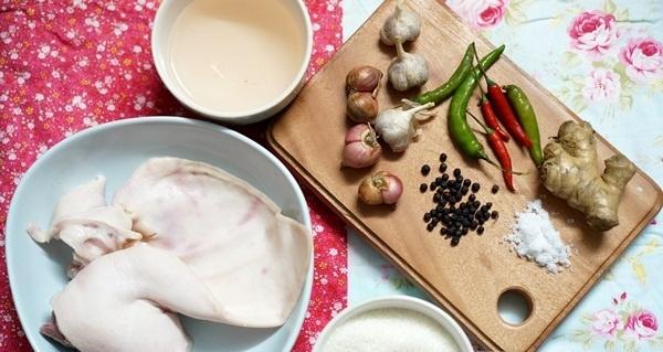 Cách làm món tai lợn ngâm dấm dễ mà ngon
