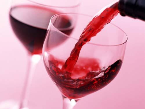 cách ngâm rượu nho đen 1