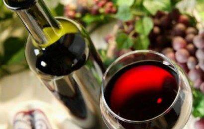 Cách ngâm rượu nho tại nhà ngon chẳng khác gì đi mua