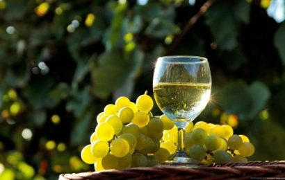 Cách ngâm rượu nho xanh đặc biệt ai thử uống cũng khen ngon