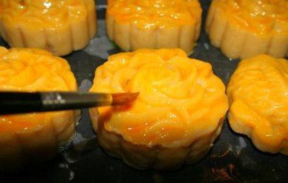 Tự tay làm bánh Trung thu handmade nhân đậu xanh tại nhà
