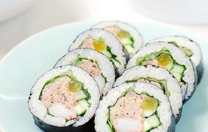 Cách làm kimbap cá ngừ đậm đà hương vị đặc trưng