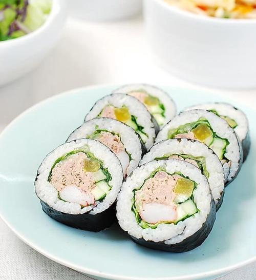 Cách làm kimbap cá ngừ đậm đà hương vị đặc trưng 1