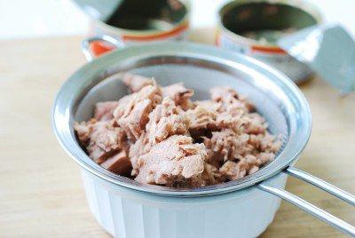 Cách làm kimbap cá ngừ đậm đà hương vị đặc trưng 2