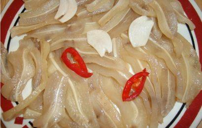 Cách làm lỗ tai heo ngâm giấm đường chua ngọt cho bữa nhậu ngon