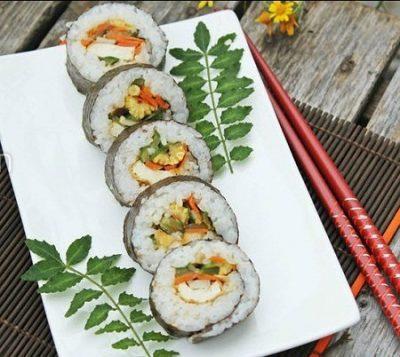 Cách làm sushi chay đơn giản cho bữa ăn thêm ngon và thanh đạm 1