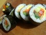 Cách làm sushi Hàn Quốc thơm ngon, đủ chất 1