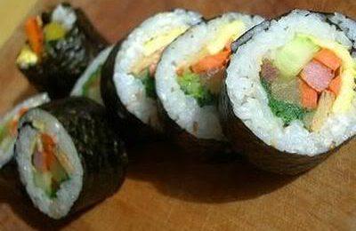 Cách làm sushi Hàn Quốc thơm ngon, đủ chất