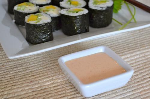Cách làm sushi rau củ thanh đạm mà không kém phần ngon miệng 6