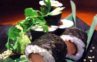 Cách làm sushi xúc xích đơn giản ai cũng làm được