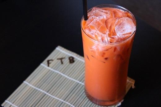 Cách làm trà sữa thái đỏ ngon ngọt miễn chê, đã khát ngày hè