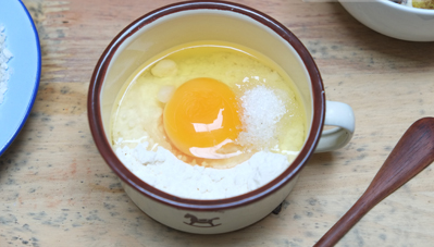 cách làm trứng cút lộn chiên xù sốt me