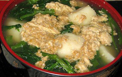 Cách nấu canh cua khoai sọ rau muống ngon ngọt mát