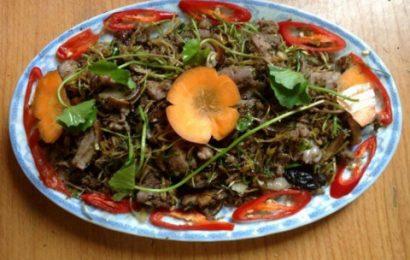 Hướng dẫn cách nấu món thịt chó xào rau má ngon chuẩn vị