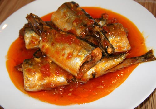 Cách kho cá nục ngon với cà chua đơn giản ngay tại nhà