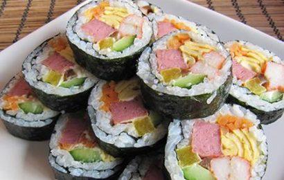 Cách làm món Kimbap ngon chuẩn vị của người Hàn Quốc