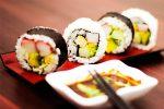 Cách làm sushi bằng khuôn nhanh gọn mà chẳng bẩn tay 1