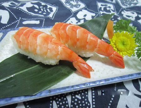 Cách làm sushi tôm vừa ngon, vừa bổ lại rất tiện lợi 3