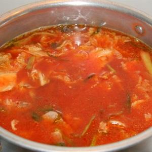 Cách nấu lẩu kim chi
