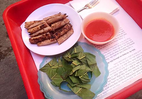 Khám phá 6 địa chỉ ăn nem chua nướng ngon ở Hà Nội 5