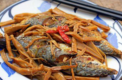 Món cá bạc má kho tiêu vừa ăn vừa xuýt xoa