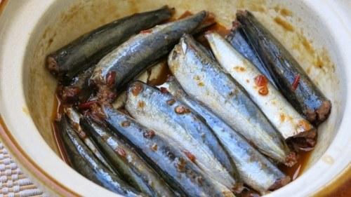 Bật mí cách kho cá nục biển ngon với tỏi ớt nhìn cực đã, ăn cực mê 4