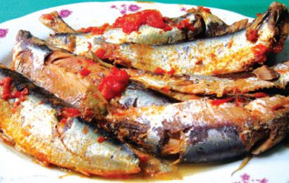 Hướng dẫn cách kho cá trích ngon ăn một lần là nhớ mãi