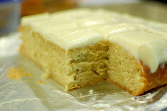 Cách làm món bánh bông lan chuối thơm ngậy mùi bơ sữa rất ngon 10