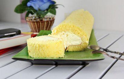 Cách làm bánh bông lan cuộn kem tươi mát, ngon thơm hấp dẫn